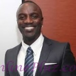 Akon Vowed to bring Electricity to 600 million Africans after launching a Solar Academy